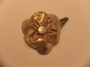 blomst i guld skind